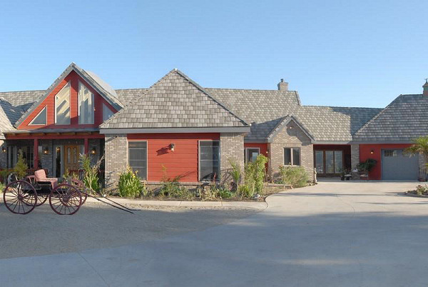 exterior home design - ranch style