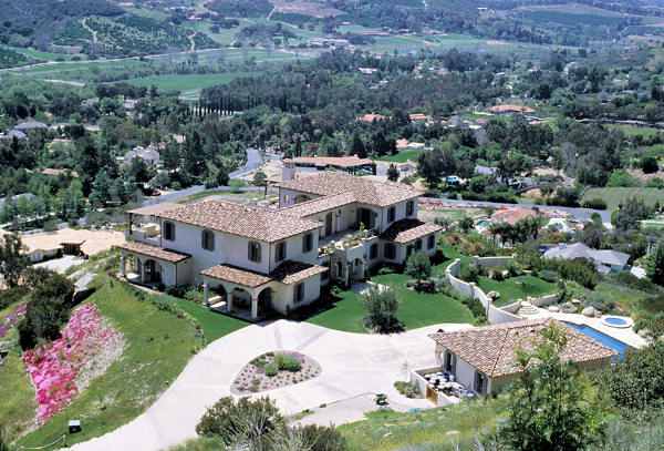 Front view of tuscan style residence
